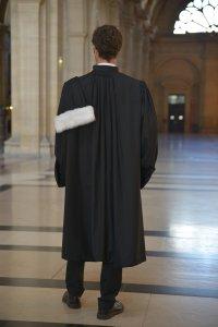 La robe d'avocat La Microfibre vue de dos